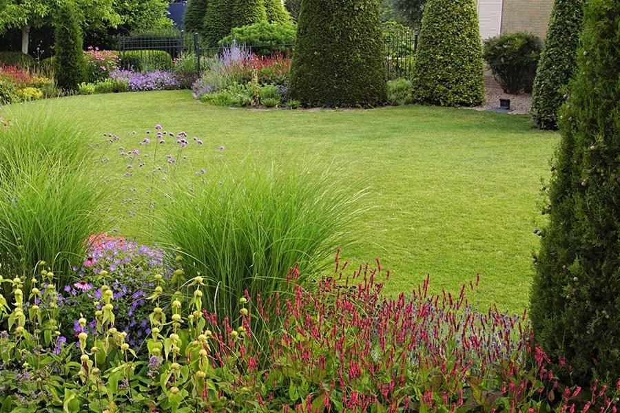 Dutch Quality Gardens Van Ooijens Hoveniers Kleurrijke Tuin Foto 2 Min
