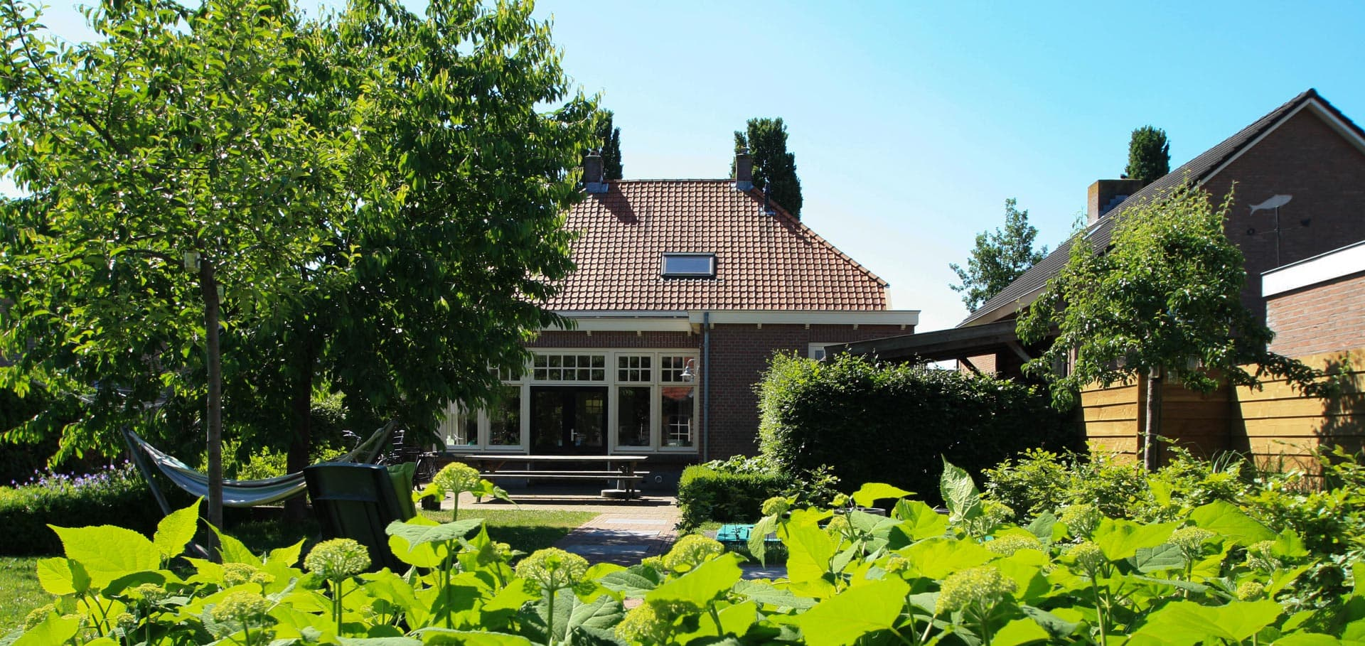 Gezinstuin Om Lekker In Te Leven Dutch Quality Gardens De Lingebrug Hoveniers