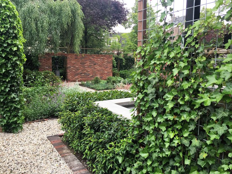 Romantische Stadstuin De Brinker Tuinen 2