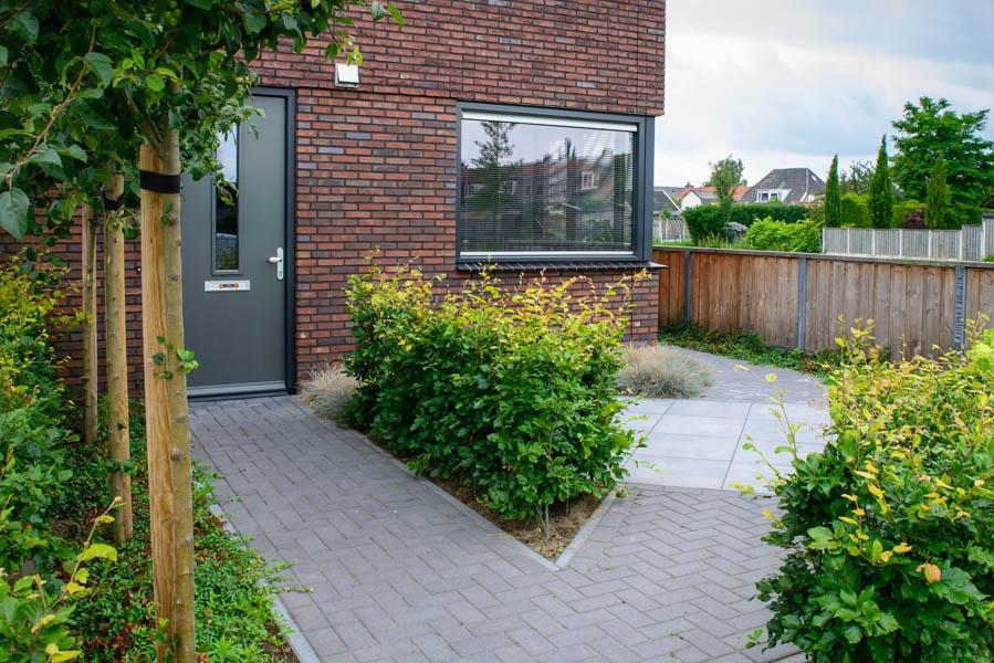 Moderne Tuin In Diagonalen Dutch Quality Gardens Eshuis Hoveniers 13