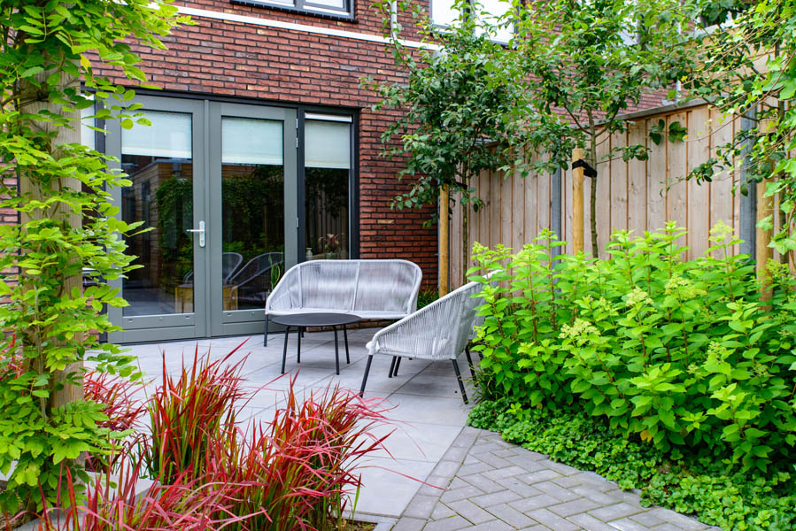 Moderne Tuin In Diagonalen Dutch Quality Gardens Eshuis Hoveniers 18