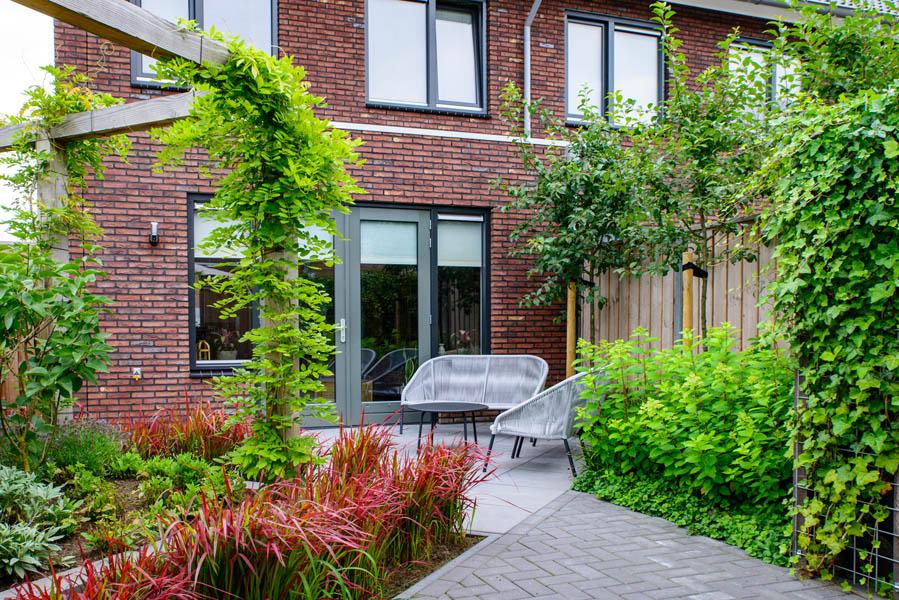 Moderne Tuin In Diagonalen Dutch Quality Gardens Eshuis Hoveniers 19