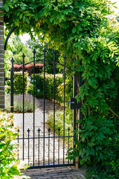 Sfeervolle Klassieke Landelijke Tuin In Roosendaal (9)
