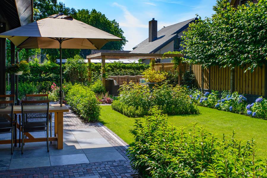Klassieke Relaxtuin In Nieuw Vossemeer (2)