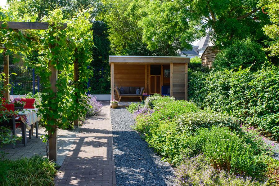 Moderne Pergolatuin In Bergen Op Zoom (2)