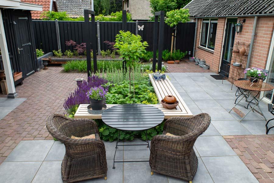 groen paarse tuin met cortenstaal waterelement (6)