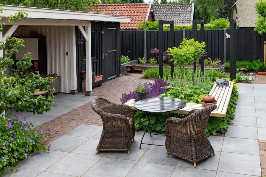 groen paarse tuin met cortenstaal waterelement (7)