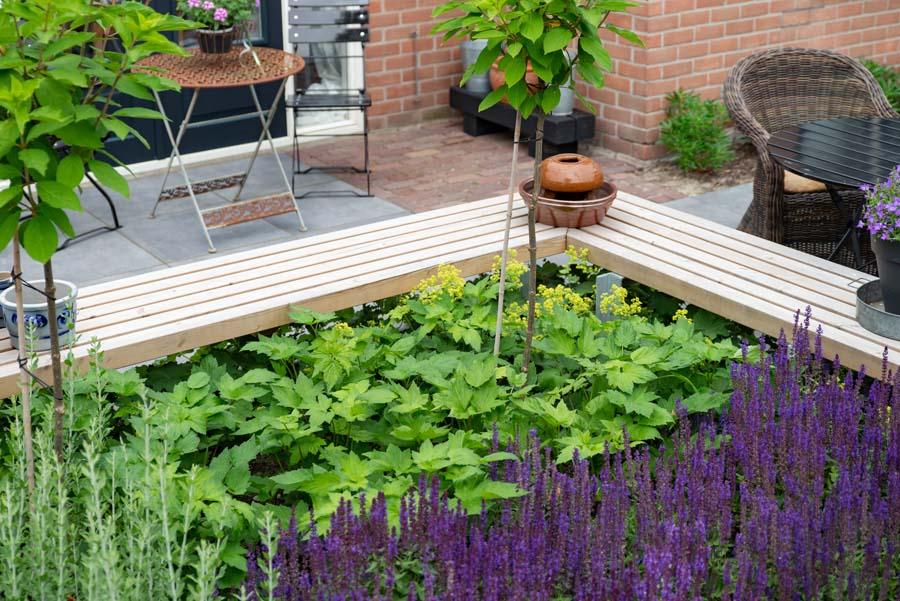 groen paarse tuin met cortenstaal waterelement (8)