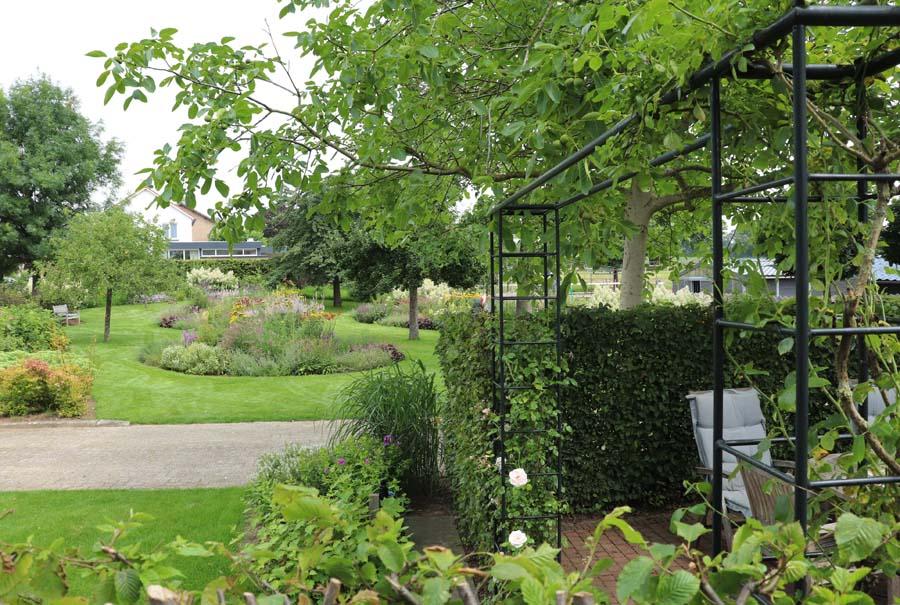 landelijke vrijliggende tuin (13)