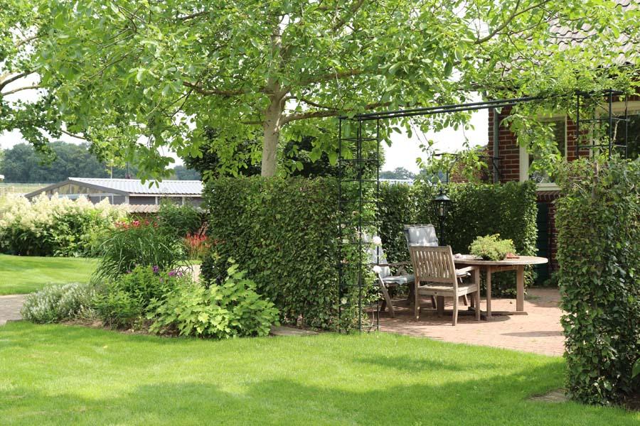 landelijke vrijliggende tuin (14)