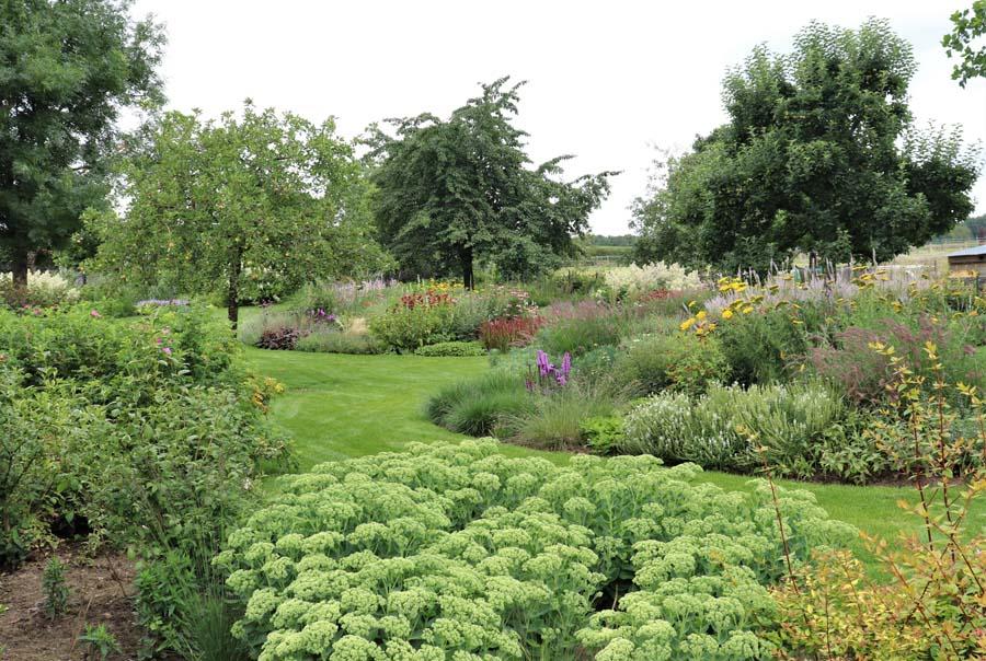 landelijke vrijliggende tuin (6)