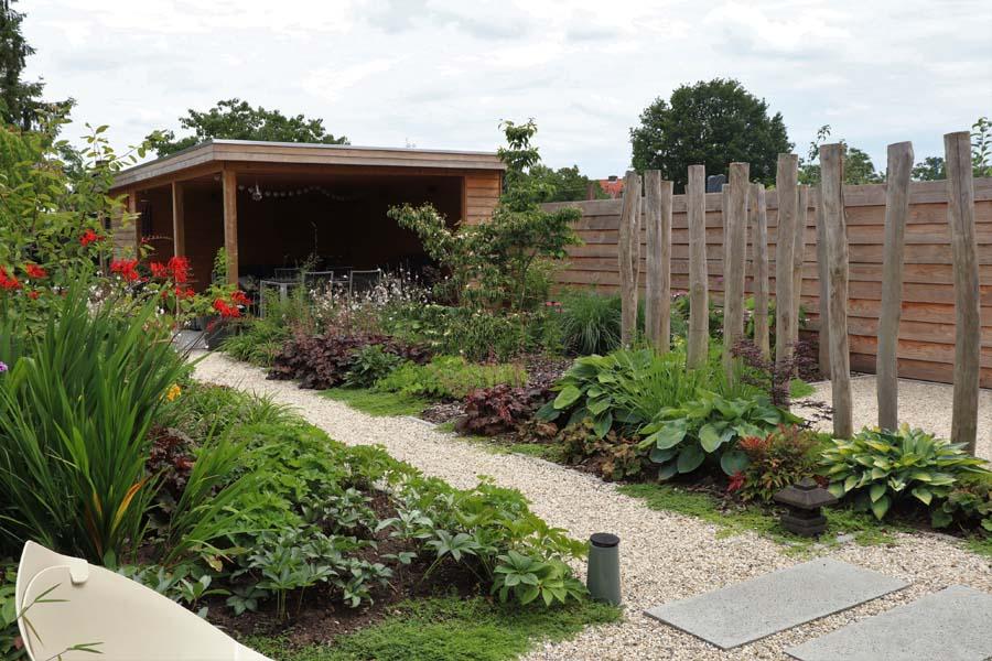 natuurlijke rustige tuin (8)
