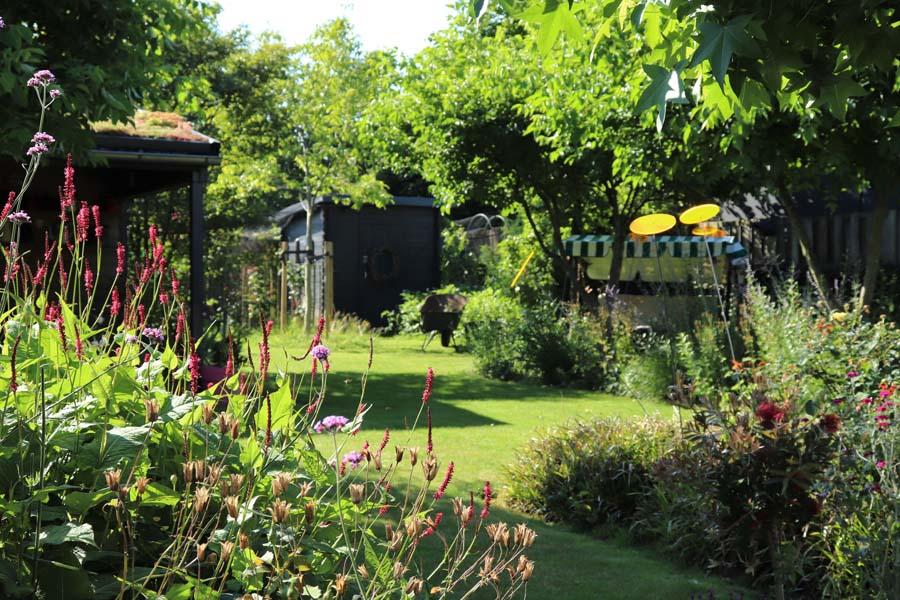 tuin met hoogteverschillen (11)