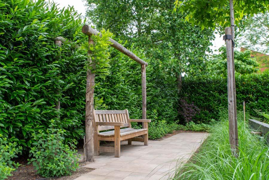 tuin met vijver van cortenstaal (10)